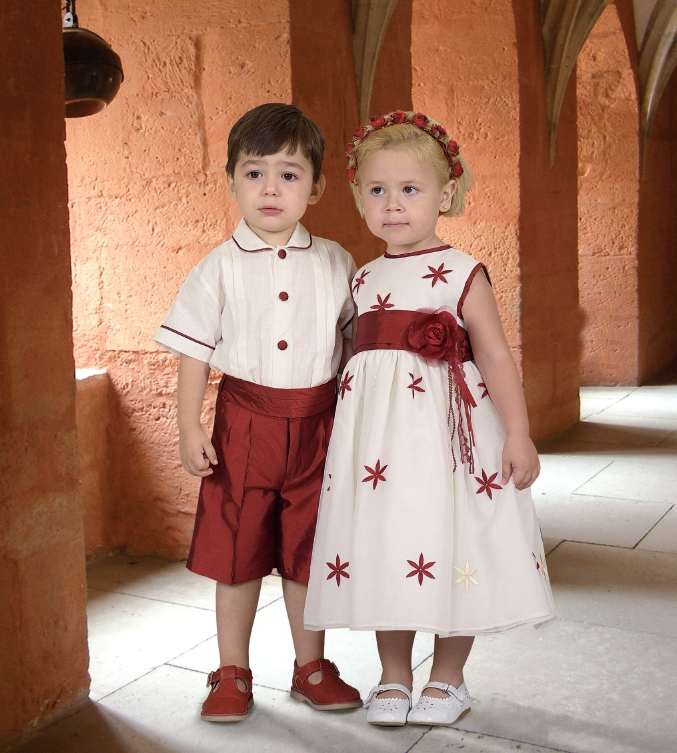 Fiestas infantiles  ropa de fiesta para niños y niñas ee6da9f9d798